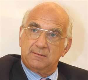 Απεβίωσε ο Νεοκλής Σαρρής τα ξημερώματα της 19ης Νοεμβρίου 2011