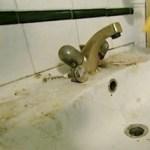 lavandino sporco