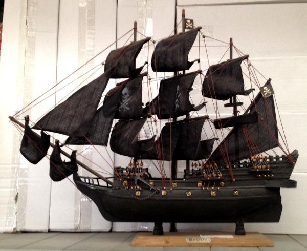 Antica Soffitta  Veliero Perla Nera pirati dei caraibi nero arredamento mare