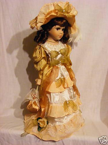Antica Soffitta  Bambola porcellana nastri decorazione