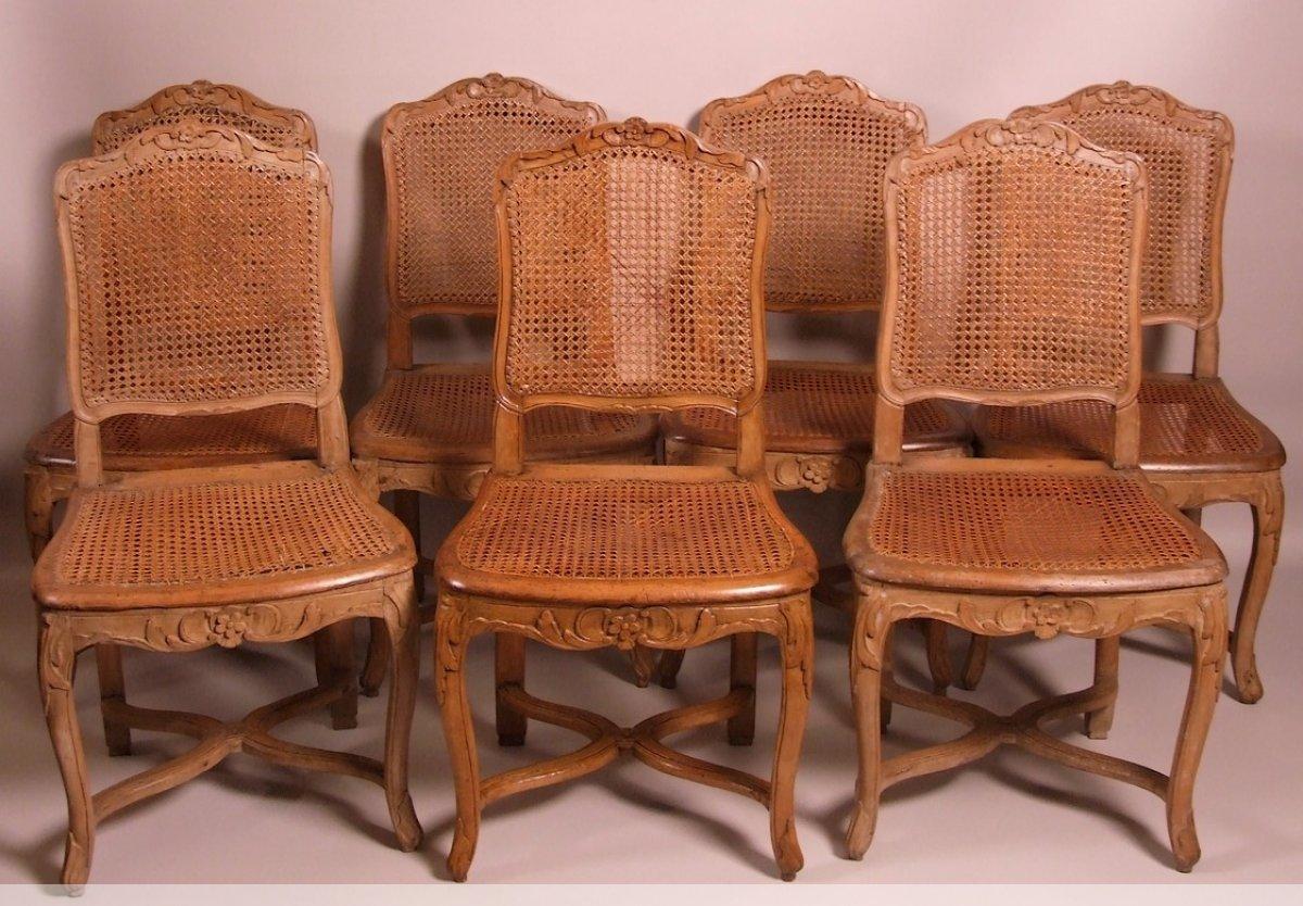suite de 7 chaises cannees d epoque