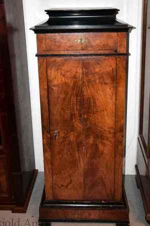 Antikke møbler (11)