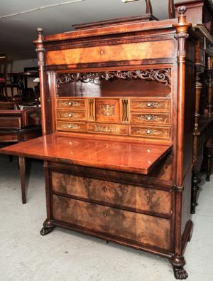 Antikke møbler (15)