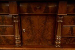 Antikke møbler (47)