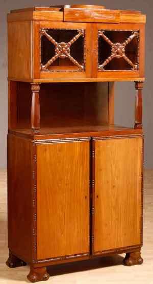 Antikke møbler (74)