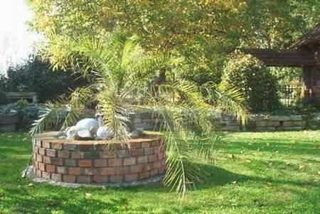 diy ziegelbrunnen aus alten baumaterialien selbst bauen best, Gartenarbeit ideen