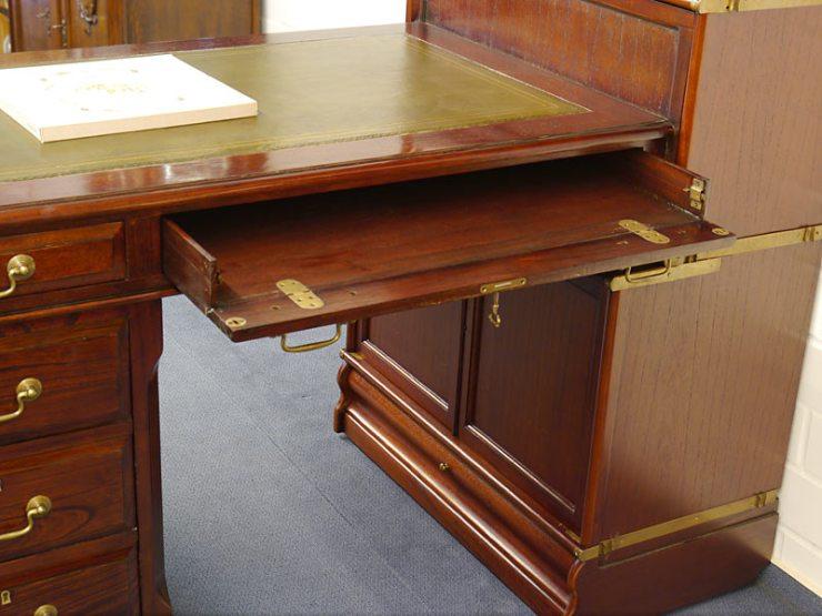 Regalwand Mit Schreibtisch 2021