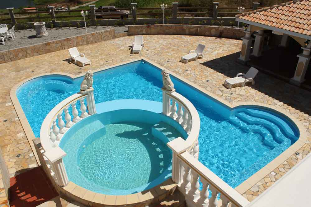 Location villa Martinique 16 personnes piscine jaccuzzi