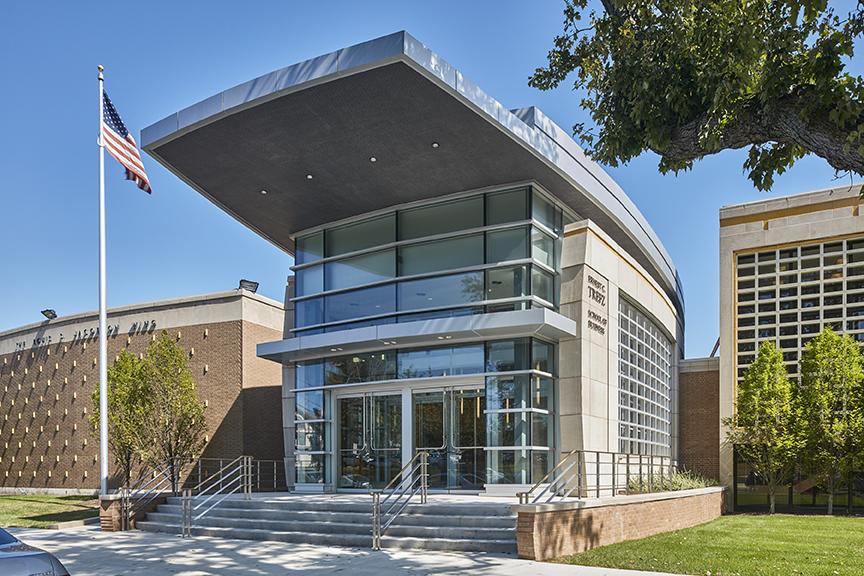 University of Bridgeport – School of Business