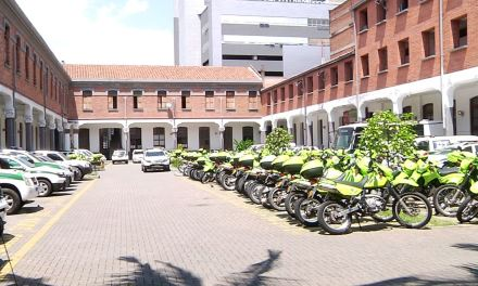Casos positivos en estaciones de policía
