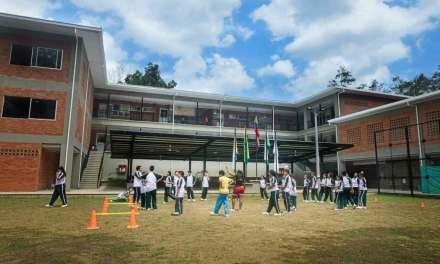 Antioquia mejorará las condiciones tecnológicas educativas del Departamento