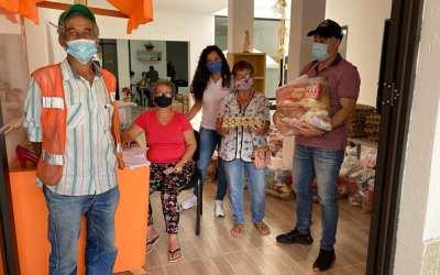 Finalizando diciembre la alcaldía de Cisneros hace entrega de suplementos alimentarios