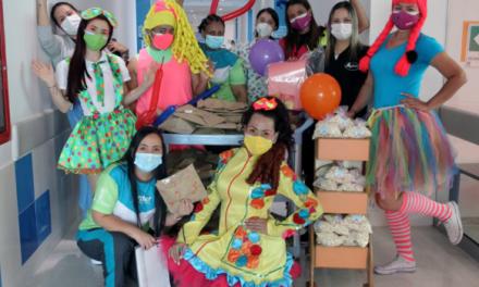 La Alcaldía de Medellín lleva alegría a niños contagiados por COVID-19