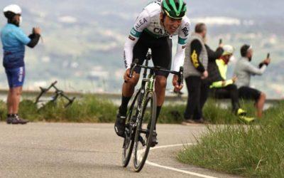 Ciclista de El Carmen llegaría al World Tour