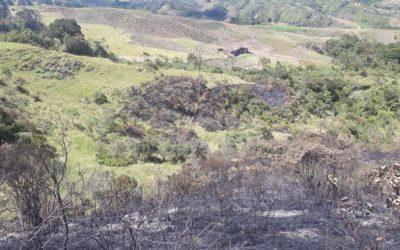 Incendios en las montañas del Páramo de Sonsón