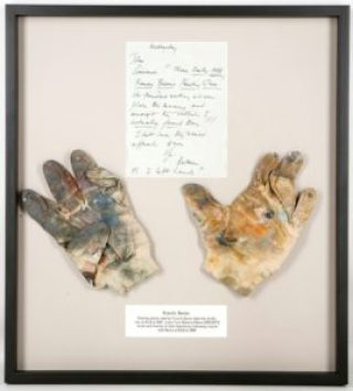 Francis Bacon's gloves