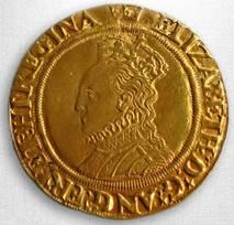 A gold half-pound from around 450 years ago
