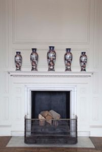 A five-piece set of beakers