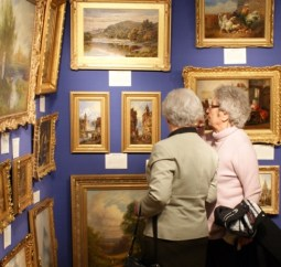 Visitors to Cotswold Decorative Antiques and Fine Art Fair