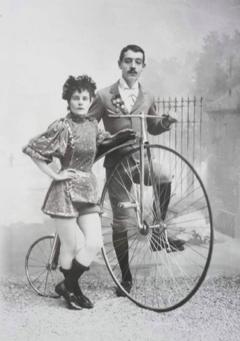 Cycling: a photographic history: a miscellaneous collection of press, agency and private photographs