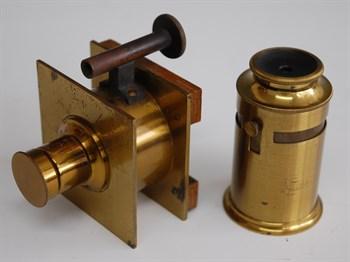 a Chambre Automatique De Bertsch or Chambre Microscopique camera