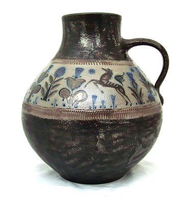 A salt-glaze jug by Wim Muhlendyck