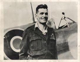 Flying ace Johnnie Johnson