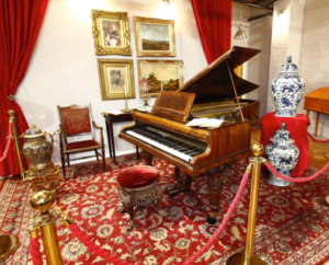 The piano that once belonged to Queen Victoria