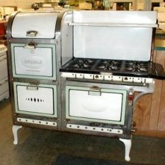 Vintage Kitchen Stoves White Glass Backsplash Unrestored Antique 1929 Reliable 6 Burner Gas Stove