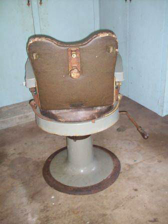 Eugene Berninghaus Company Barber Chair