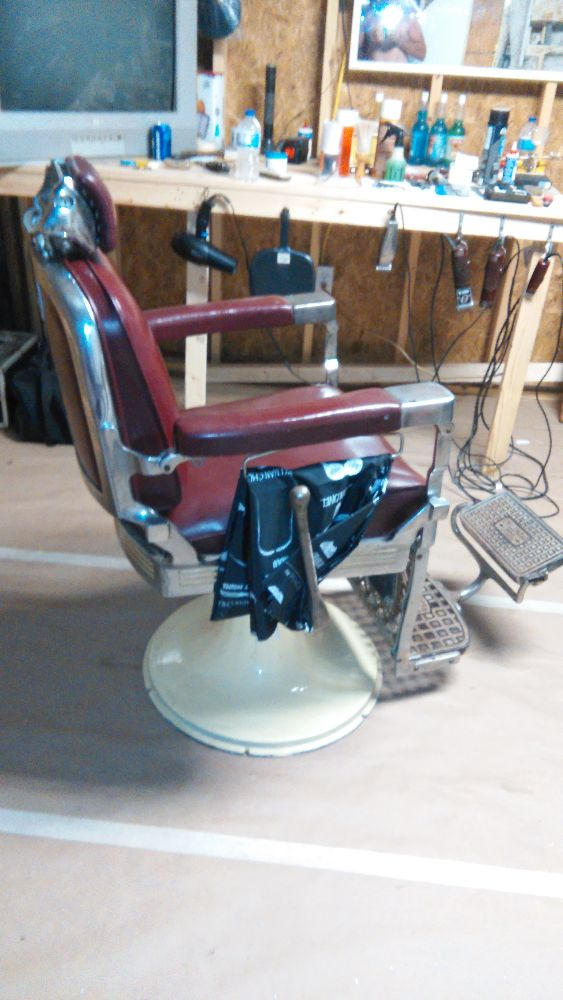 antique barber chairs koch vintage 1930,s paidar chair with head rest