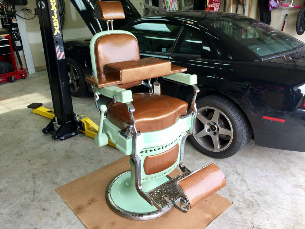 Antique Original Koken Barber Chair with accessories