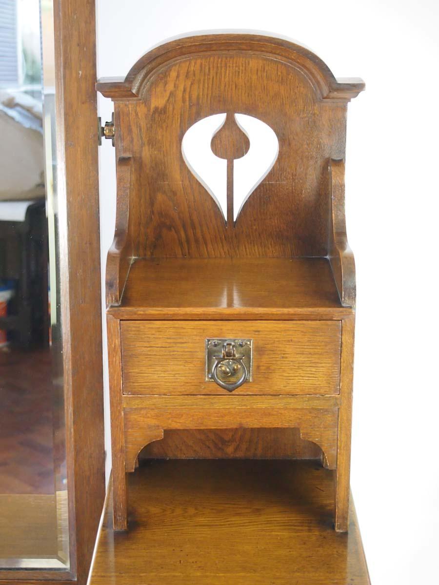 Antique Arts  Crafts Oak Dressing Table