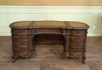 Antique Reproduction Queen Anne Kidney Desk in Walnut