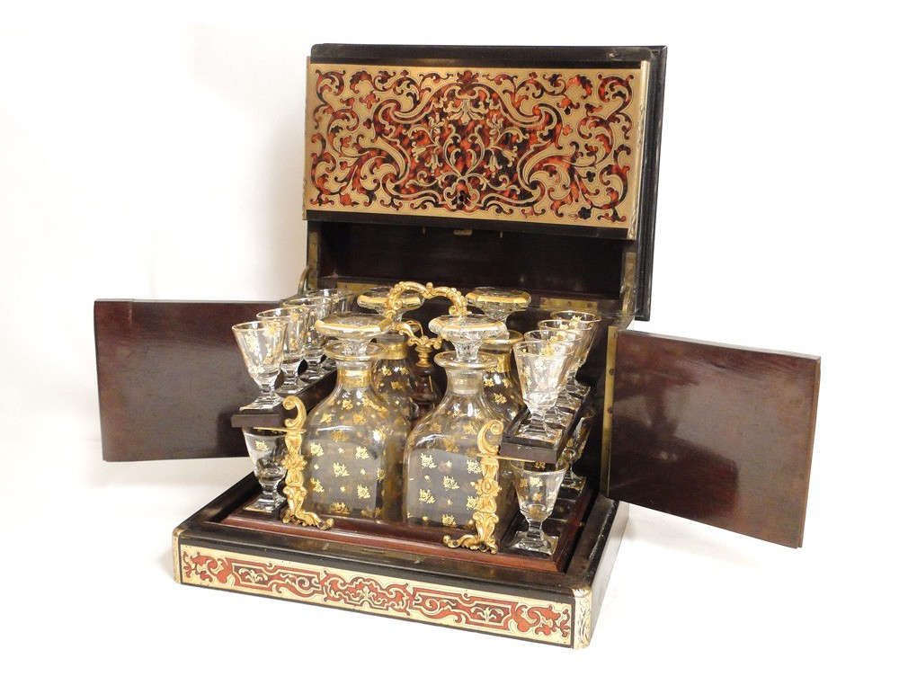 Liqueur Boulle marquetry carafes of Baccarat crystal