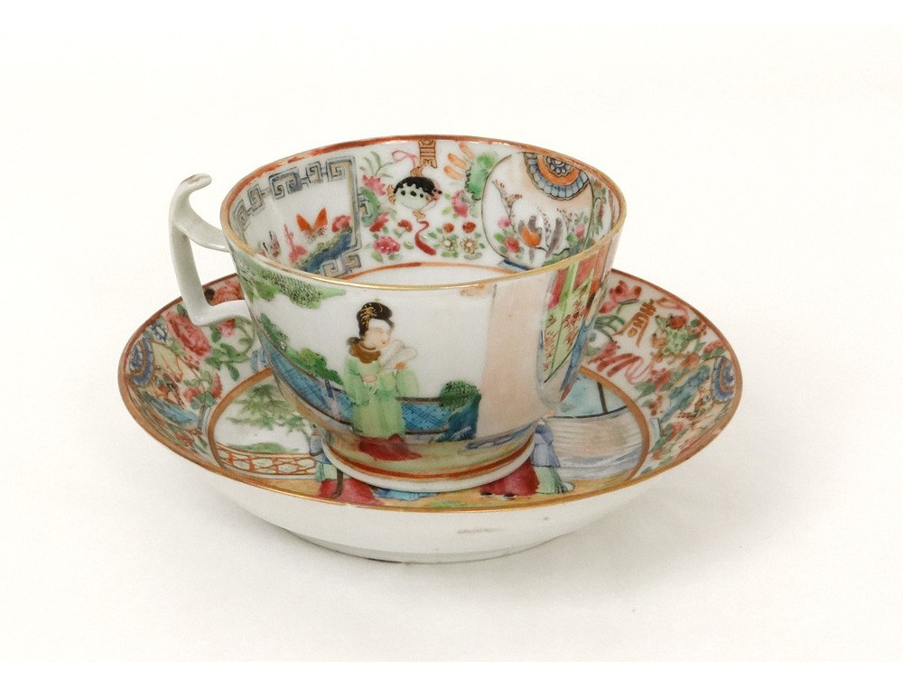 Tasse soucoupe porcelaine Canton personnages geisha pagode