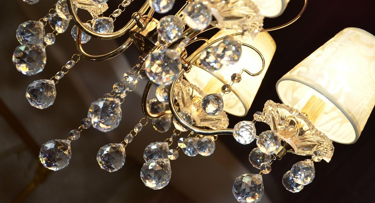 Muranospareparts@gmail.com #murano #muranospareparts #vetro #cristallo #gocce #trasparente #sciolari #ricambio #pezzo #lampadario #rosette. Lampadari Antichi Per Illuminare L Arredamento Contemporaneo