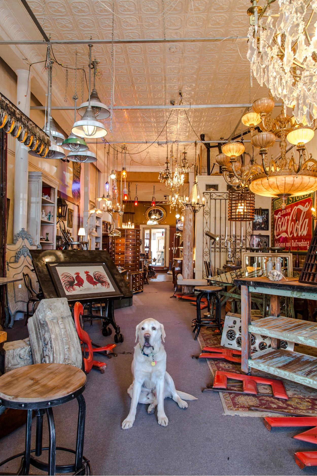 Antiquescom  Directories  Resources
