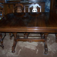 Retro Kitchen Table And Chairs Set Moen Waterhill Faucet Antique Dinningroom For Sale | Antiques.com Classifieds