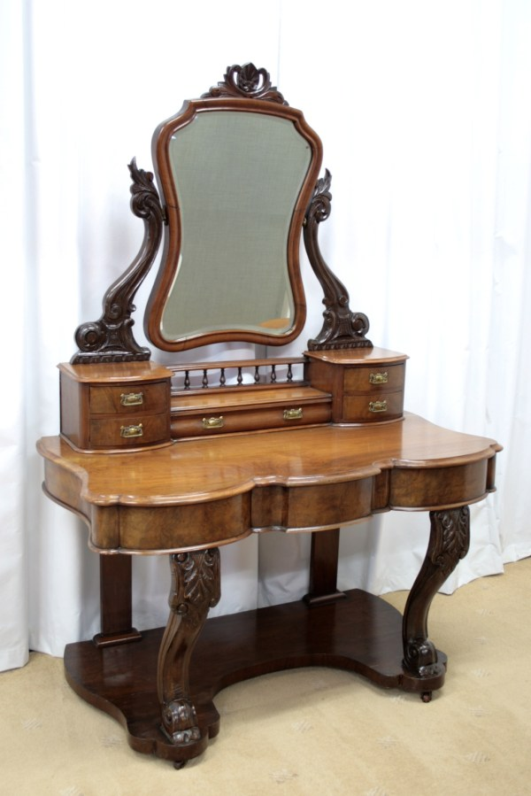 Victorian Antique Vanity Dressing Table