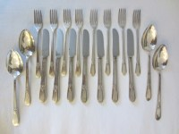 Silver Plated Flatware Service Adoration Rogers Bros IS ...