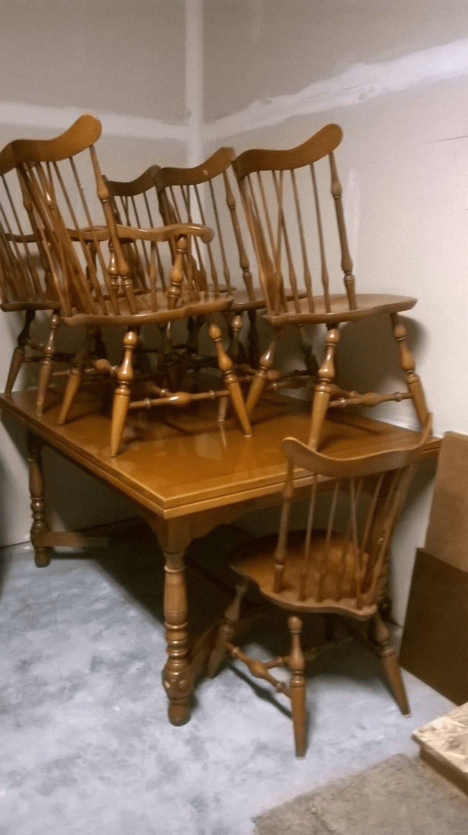 1950s Maple Dining Room Set With Hutch For Sale Classifieds