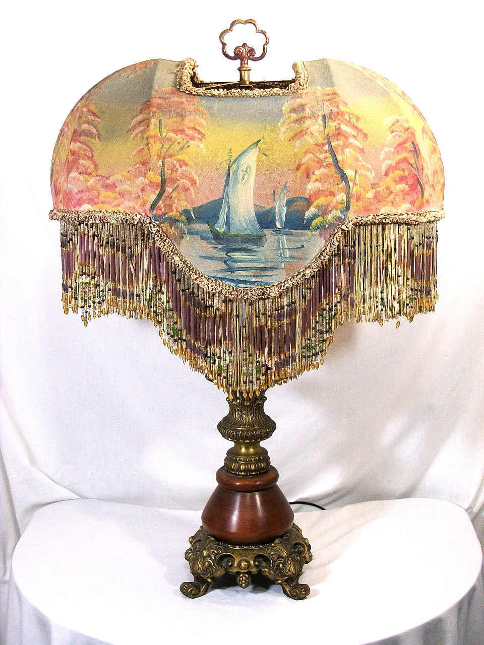 RARE ANTIQUE ORIGINAL VICTORIAN SHADE TABLE LAMP BEADED