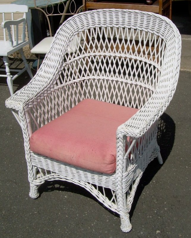 wicker chair for sale used table and chairs antiques com classifieds