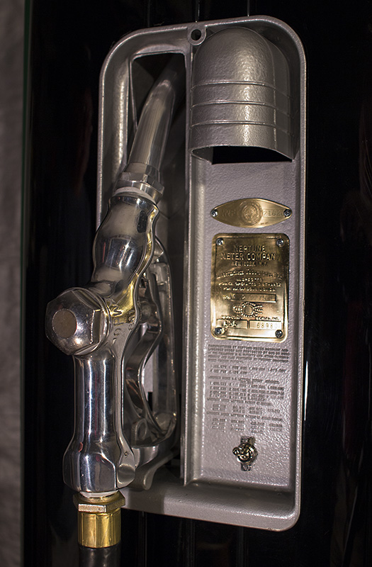 Neptune 855 Polly Gas Pump  Antique Refinishing Services