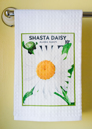 Shasta Daisy Waffle Weave Towel