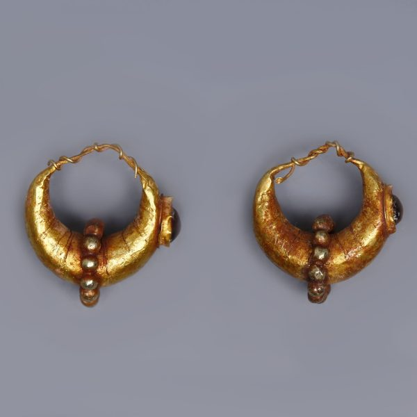 Roman Boat Shaped Earrings with Granules and Garnet