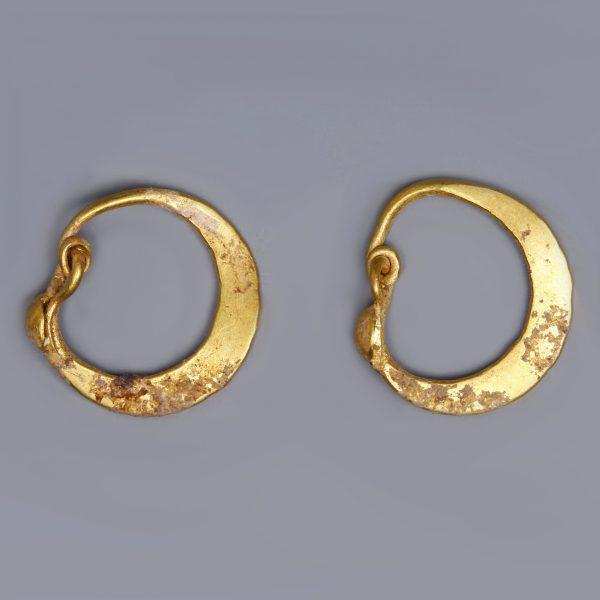 Roman Crescent-Shaped Earrings
