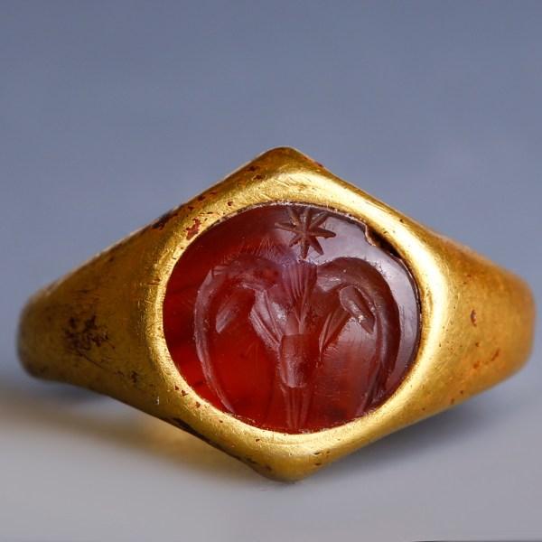 Roman Gold Ring with Zodiac Intaglio