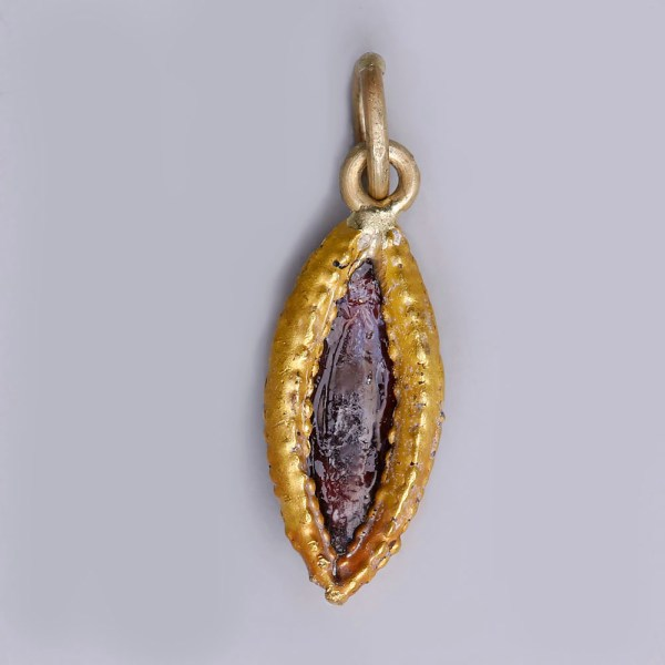 Roman Gold Vesica-Shaped Pendant with Garnet Stone